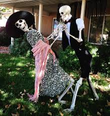 the best halloween yard decorations from instagram brit co