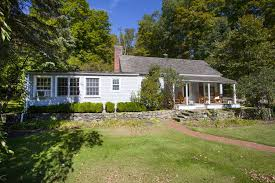 New England Homes by Fall In Love For The Fall 5 Timeless New England Homes William