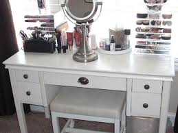 Vanity Set With Lighted Mirror Bedroom 32 Fabulous White Maekup Vanity Table With Drawers