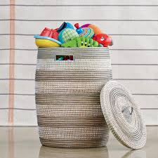 Laundry Hampers With Lid by Articles With Wicker Laundry Basket With Lid Amazon Tag Woven