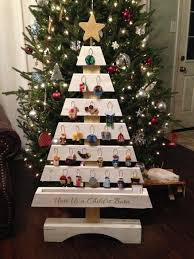 pallet christmas tree christmas countdown pallet christmas tree by deela40