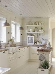 cuisine bois et blanche cuisine blanche en bois cuisine blanche et plan de travail bois