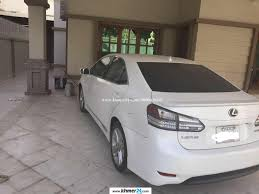 lexus white 2010 white color lexus hs250 year 2010 urgent sell 32000 in phnom penh