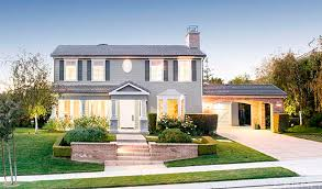 Calabasas Ca Celebrity Homes by Kris Jenner Buys Rob Kardashian A 2 3 Million House See The