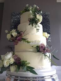 the vanilla pod bakery simple and elegant