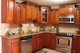 Staggered Cabinets Glazed Maple Kitchen Cabinets Photo Glazed Maple Kitchen