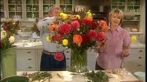 video how to make seasonal flower arrangements martha stewart