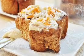 carrot cake cinnamon rolls vegan