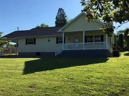 2 Bedroom House For Sale In East London Somerset Real Estate Somerset Ky Homes For Sale Zillow