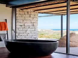 deco salle de bain avec baignoire salle de bain avec baignoire resine et vue mer