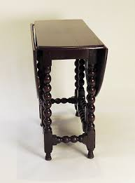 Oak Drop Leaf Table Charles Ii Provincial Round English Oak Drop Leaf Table C 1680