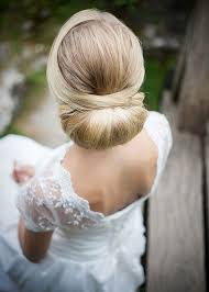 bridal hair bun 25 best wedding hair buns ideas on wedding low buns