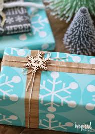 unique gift wrap ingeniously easy christmas wrapping ideas ridge vintage