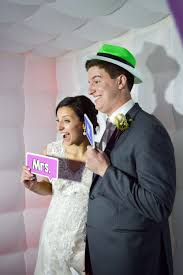 rental photo booths for weddings events photobooth planet photobooth dominion wedding entertainment dj emcee