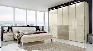 Schlafzimmer Wardrobes Schlafzimmer In Eiche Dekor Mit Modischem Farbigem Glas Banga