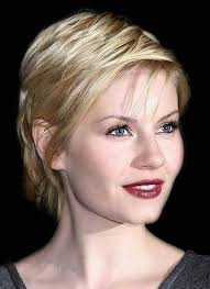 short hairstyles for women with fine thin straight hair