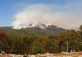 table rock mountain sc significant fire near table rock closes section of foothills trail