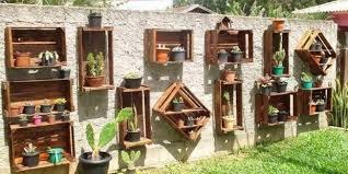 How To Make Vertical Garden Wall - 21 vertical pallet garden ideas for your backyard or balcony