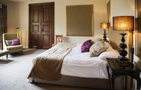 Teppich Schlafzimmer Feng Shui Funvit Com Wohnwand Dunkles Holz