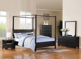 Small Bedroom With Ensuite Bedroom Simple Canopy Bed Frame Plus Rounded Table Lamps Above