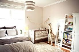 amenager un coin bebe dans la chambre des parents lit bebe dans chambre parents des chambres de bacbac et
