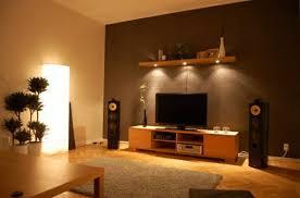 klein wohnzimmer einrichten brauntne wohnzimmer einrichten orange haus design ideen