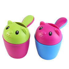 1x baby toddler shampoo shower bath spoon water rinse cup bath 1x baby toddler shampoo shower bath spoon water