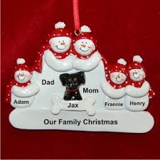 family of 5 with black family ornament family