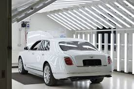 white bentley back bentley mulsanne back side 0 210361 jpg