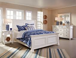 folio 21 stoney creek king bed with shutter headboard and panel
