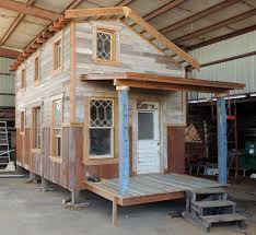 tiny house complete this is also a habitat for humanity house with