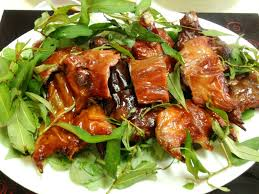 chien cuisine vit nau chao and chuot dong chien nuoc mam 2 delicacies in