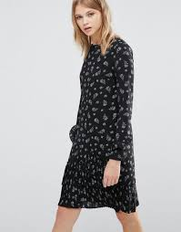 warehouse dotty floral print pleated hem shift dress black women