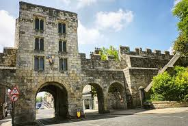 york england 10 ancient walled cities still standing today