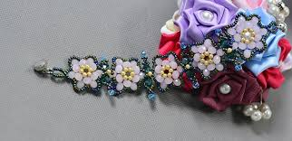 rose bead bracelet images Pandahall tutorial on how to make a rose flower glass bead jpg