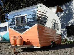 peach 1963 shasta reno restored u0026 renovated u003co u003e tiny trailers