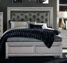 homelegance bevelle button tufted upholstered bedroom set silver homelegance bevelle button tufted upholstered bed silver