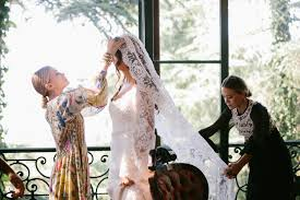 Design A Wedding Dress Mary Kate And Ashley Olsen Dress Bride Molly Fishkin For Her