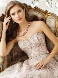 Vintage Ball Gown Strapless Tulle Wedding Dress With Detachable Ball Gown Wedding Dress With Sweetheart Neckline