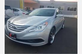 difference between hyundai sonata gls and se used 2014 hyundai sonata for sale pricing features edmunds