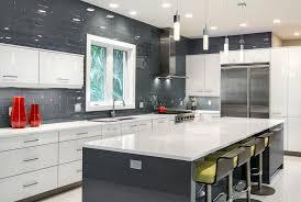 exemple de cuisine ouverte modele cuisine ouverte mesure meubles rangement de americaine