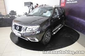 nissan terrano india interior 2017 nissan terrano with 22 new features launched in india