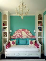 master bedroom decorating ideas on pinterest 25 best ideas about ideas for small bedrooms pinterest