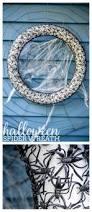 Diy Halloween Wreath Ideas by 72 Best Halloween Wreaths Images On Pinterest Halloween Wreaths