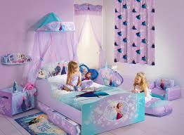 chambre fille disney deco chambre reine des neiges galerie avec rideau enfant disney
