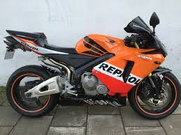 honda cbr 600cc 2006 cbr600rr 2006 cbr 600rr 2006 repsol in clapham common london