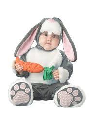 amazon com incharacter baby lil u0027 bunny costume clothing