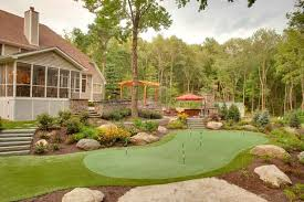 Artificial Backyard Putting Green by Sloped Backyard Putting Green Golf Pinterest Sloped