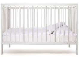 chambre bébé écologique mokee lit bébé 120 x 60 cm écologique et transformable premier