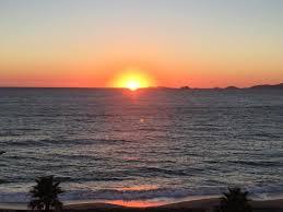 chambre des m騁iers ajaccio coucher de soleil sur les îles sanguinaires depuis la chambre vue
